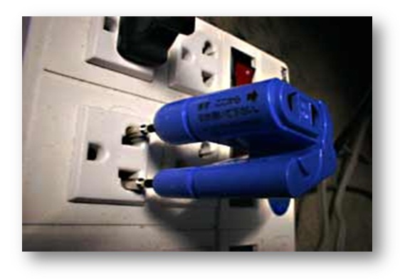 バングラデシュで使える電源コンセント(見本)